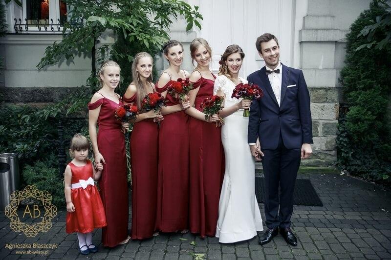 Czerwone bukiety dla druhen Kraków róże dalie Agnieszka Błaszczyk abkwiaty