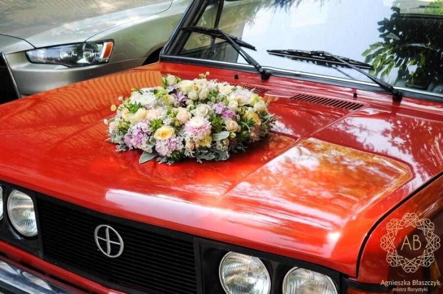 Dekoracja ślubna - dekroacja samochodu - wianek z pastelowych kwiatów na samochód do ślubu