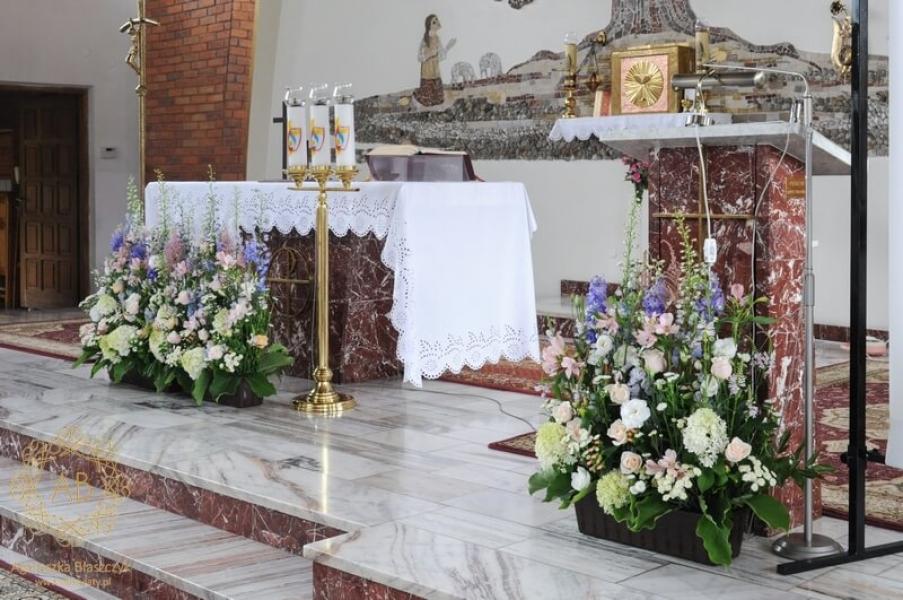 Kwiaty W Kościele Na ślub Dekoracje ślubne Kraków Abkwiaty
