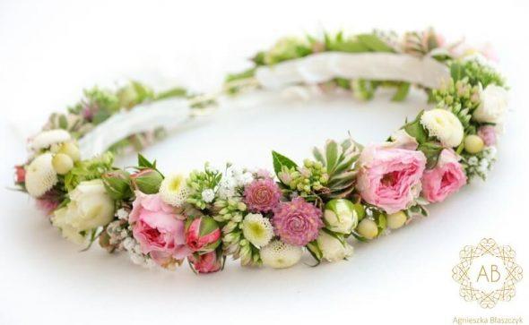 Pastelowy wianek na ślub dla Panny Młodej różowo-biały drobne kwiaty różyczki Agnieszka Błaszczyk abkwiaty Kraków